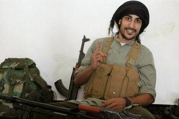 عودة السمبتيك ! قصة نجم الكيك السعودي الذي اصبح مقاتلاً في داعش !