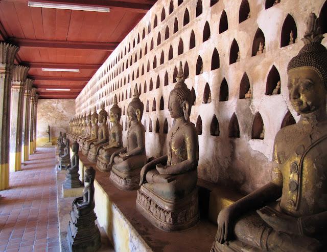 buddha statues wat si saket vientiane laos