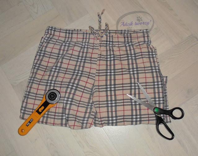 jak zrobić wykrój na spodnie DIY na podstawie noszonych spodni - Adzik tworzy