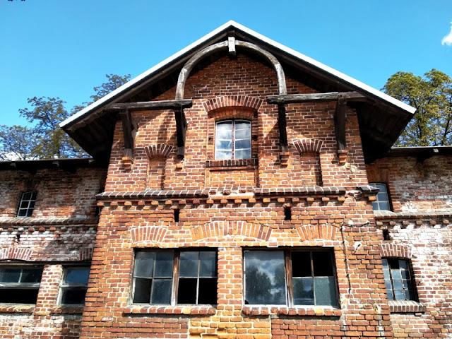 okna, dom, cegła, dach, zrujnowane