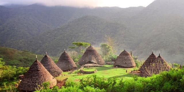 10 Desa Dengan Pemandangan Seperti Negeri Dongeng