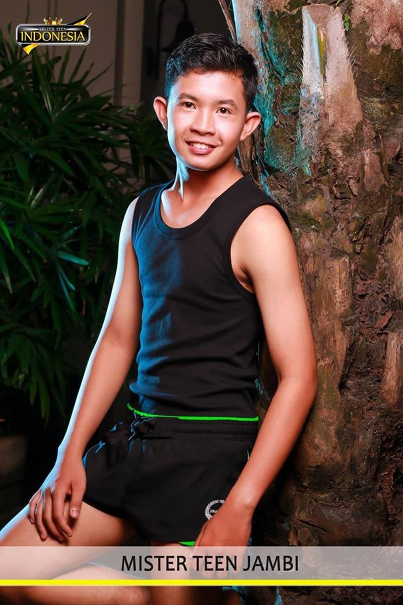 Indonesia Teen Pics