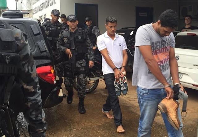 Relojoaria é assaltada e após negociação criminosos liberam reféns e se entregam
