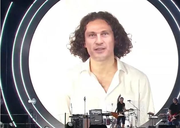 """На концерті до Дня Незалежності """"оживили"""" Кузьму з його безсмертним хітом. Відео"""