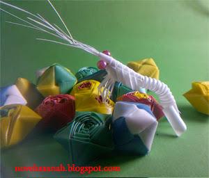 cara membuat udang dari sedotan plastik