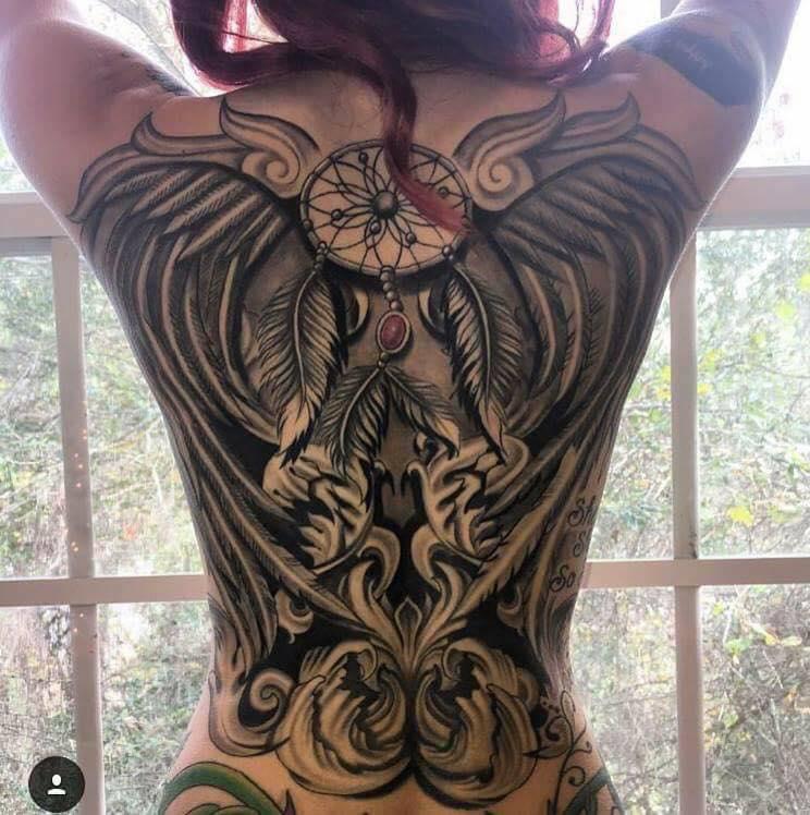 Tatuaje Atrapasueños Y Alas En La Espalda Fotos De Tatuajes