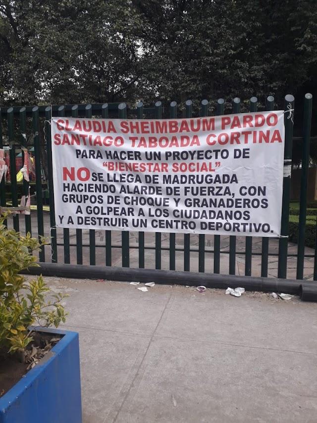 Claudia Sheinbaum y Santiago Taboada destruyeron un  Frontón y deportivo.