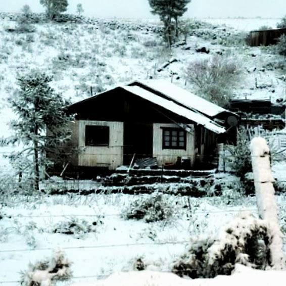 Casa Coberta pela Neve em Ausentes