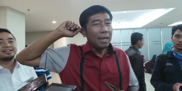 "Ajib, Batal Potong Kuping Karna Ahok Keok, Lulung Potong Sapi, Eh Bukan Sapi ""Sumbangan"" PDIP Itu Loh Ya"