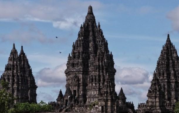 5 Teori Masuknya Hindu Buddha ke Indonesia