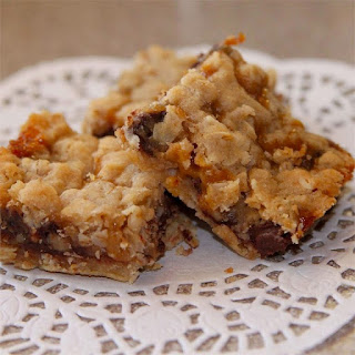Chewy and Delicious Oatmeal Carmelitas