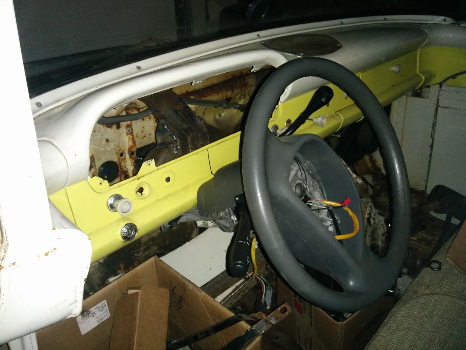 F100 Interceptor: Inner fenders and more steering column work