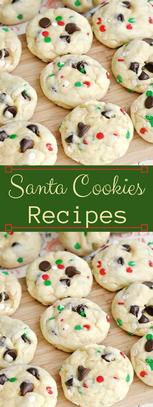 Santa Mix Chocolate Chip Cookies #desserts #chocolate #cookies #bars #snack