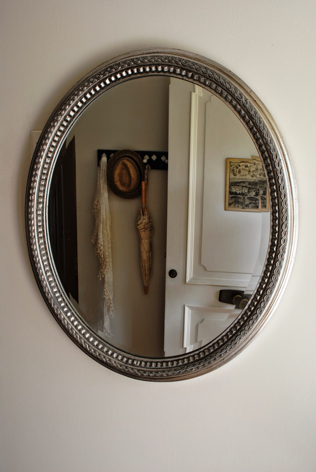 Paz montealegre decoraci n octubre 2014 for Espejo ovalado plata