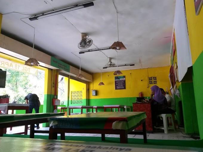 Ayam Bangjo: Dapat Diskon, Gratis Refill Es Teh, Gulai, dan Parkir