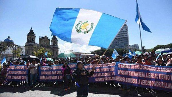 Protestas en Guatemala por pacto migratorio y fraude electoral