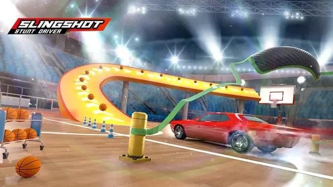 Slingshot Stunt Driver هي لعبة سباق سيارات عادية أطلقتها شركة TapNice للألعاب