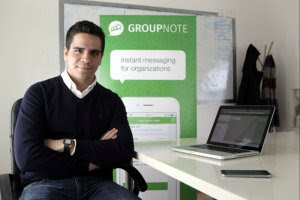 Carlos Aparicio, cofundador de Groupnote, en sus oficinas.