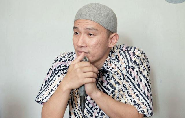 Biodata dan Profil Ustadz Felix Siauw