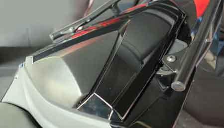 single seater Yamaha MT-25