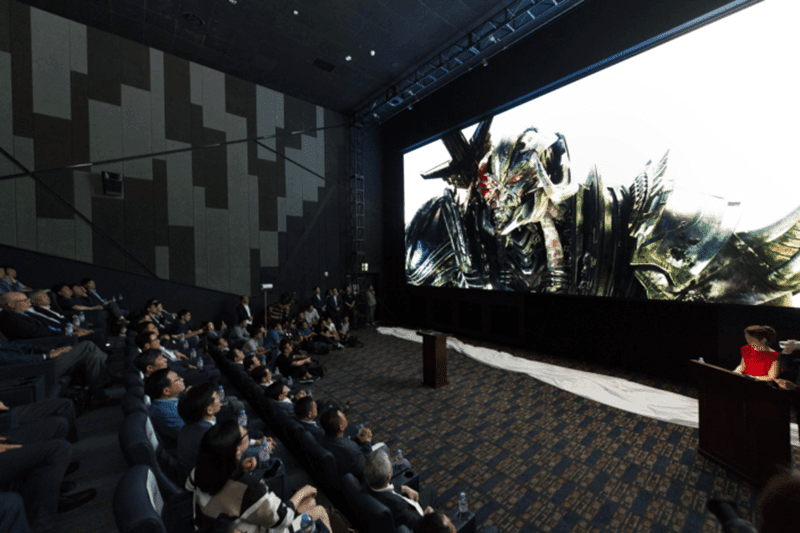 Samsung Launches Cinema Screen, The Biggest TV Yet!
