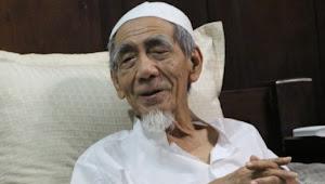 KH Maimoen Zubair: Jika Bulan April Punya Uang, Pertanda Setahun akan Punya Uang