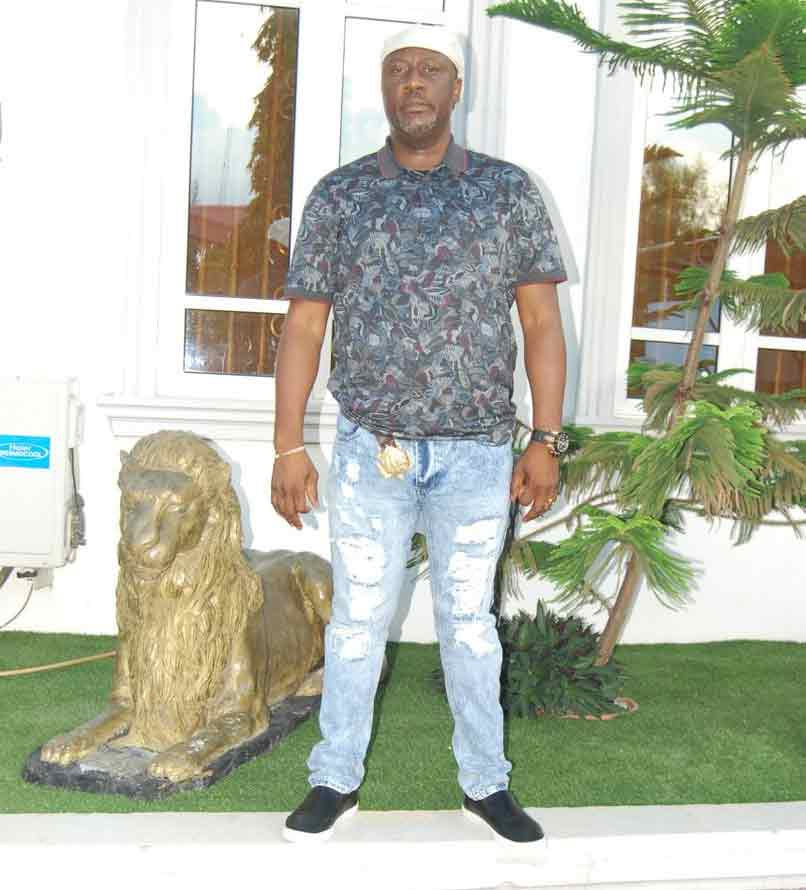 Senator Dino Melaye steps out with his ripped jeans