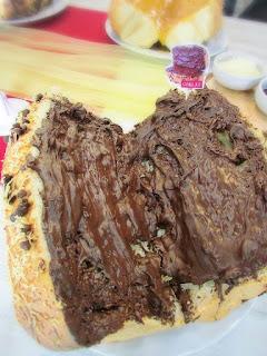 Roti Duo Cokelat