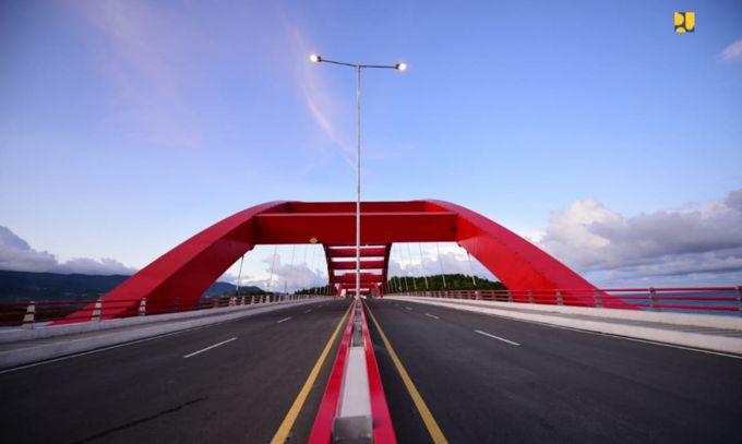 Jembatan Holtekamp papua
