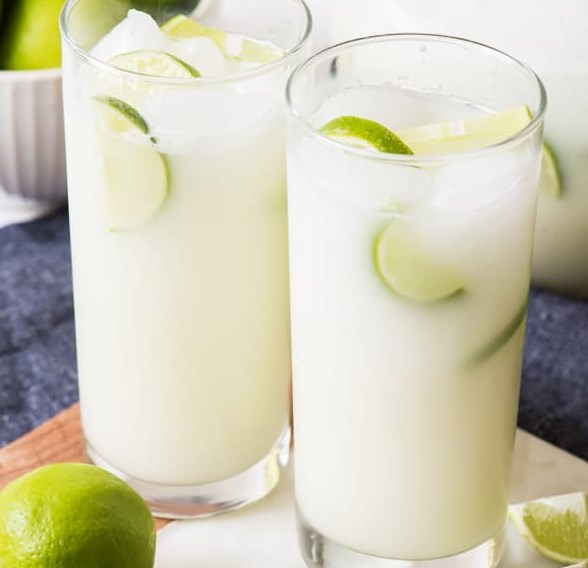 BRAZILIAN LEMONADE (LIMEADE) #drinks #refreshingdrink