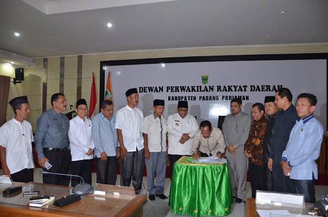 Dewan Terima LKPJ Bupati Padangpariaman