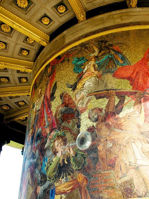 Mosaicos de la base de la Siegessaule