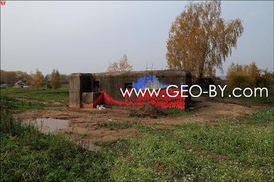 The village of Velikaya Rajovka. Semi-caponier. Located near road H8567