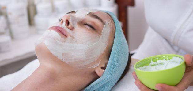 Rajeunir la peau naturellement en appliquant ce masque aux fécules de maïs pendant un mois