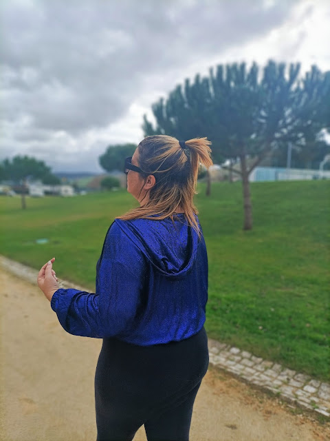 Casaco azul plus size