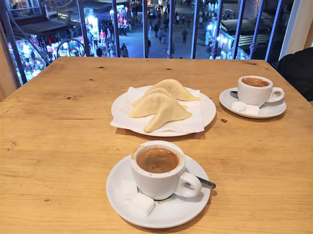 kaab el ghzal serviti col caffè marocchino