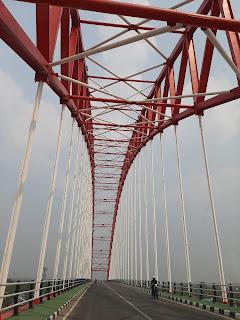 jembatan rumpiang di kota marabahan yang sangat cantik