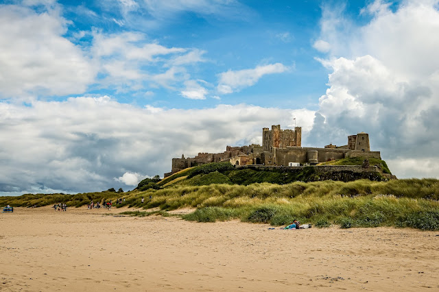 Bamburgh Castle, the Bamburgh circular, Northumberland, 40 coast and country walks, mandy charlton, photographer, writer, blogger