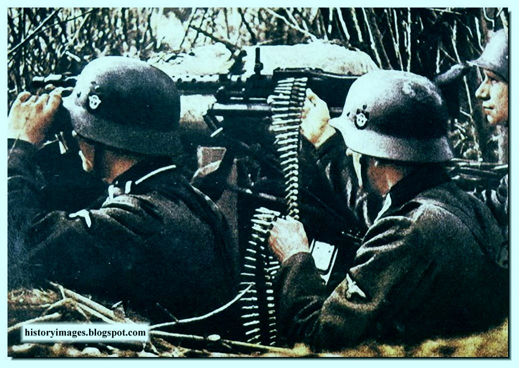 HISTORY IN IMAGES: Pictures Of War, History , WW2