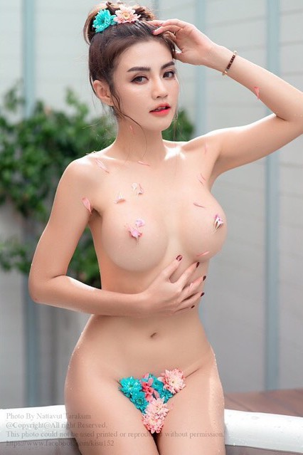 Hot and sexy nude big boobs photos of beautiful busty asian hottie chick Thai booty model Cherry Ladapa photo highlights on Pinays Finest Sexy Nude Photo Collection site.