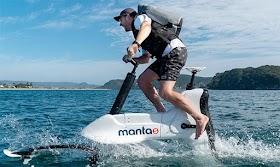 Manta5 hydrofoil e-bike replicates the cycling experience on water