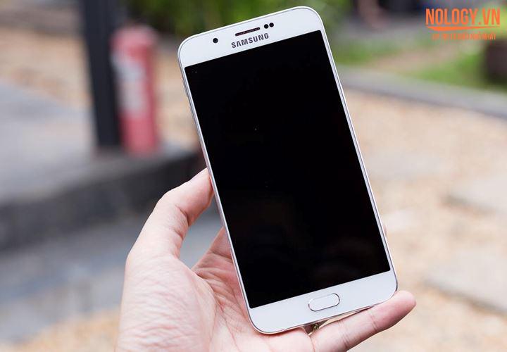 Màn hình của Samsung Galaxy A8