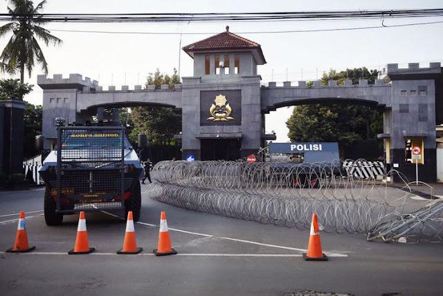 Akhir Dari 'Drama' Menegangkan Pengambilalihan Mako Brimob Dari Tangan Napi Teroris Berhasil Pagi Ini...
