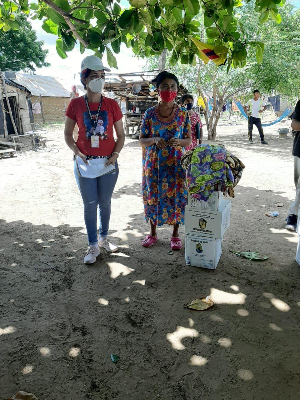 https://www.notasrosas.com/Indígenas Wayuu recibieron donaciones de la Alcaldía de Maicao