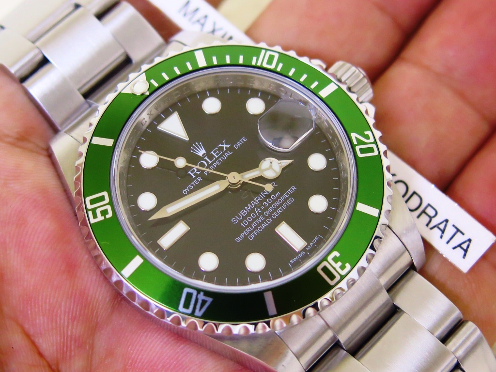 "ROLEX GREEN SUBMARINER ""KERMIT"" - ROLEX 16610LV - SERIE V YEAR 2009 - FULLSET BOX PAPERS"