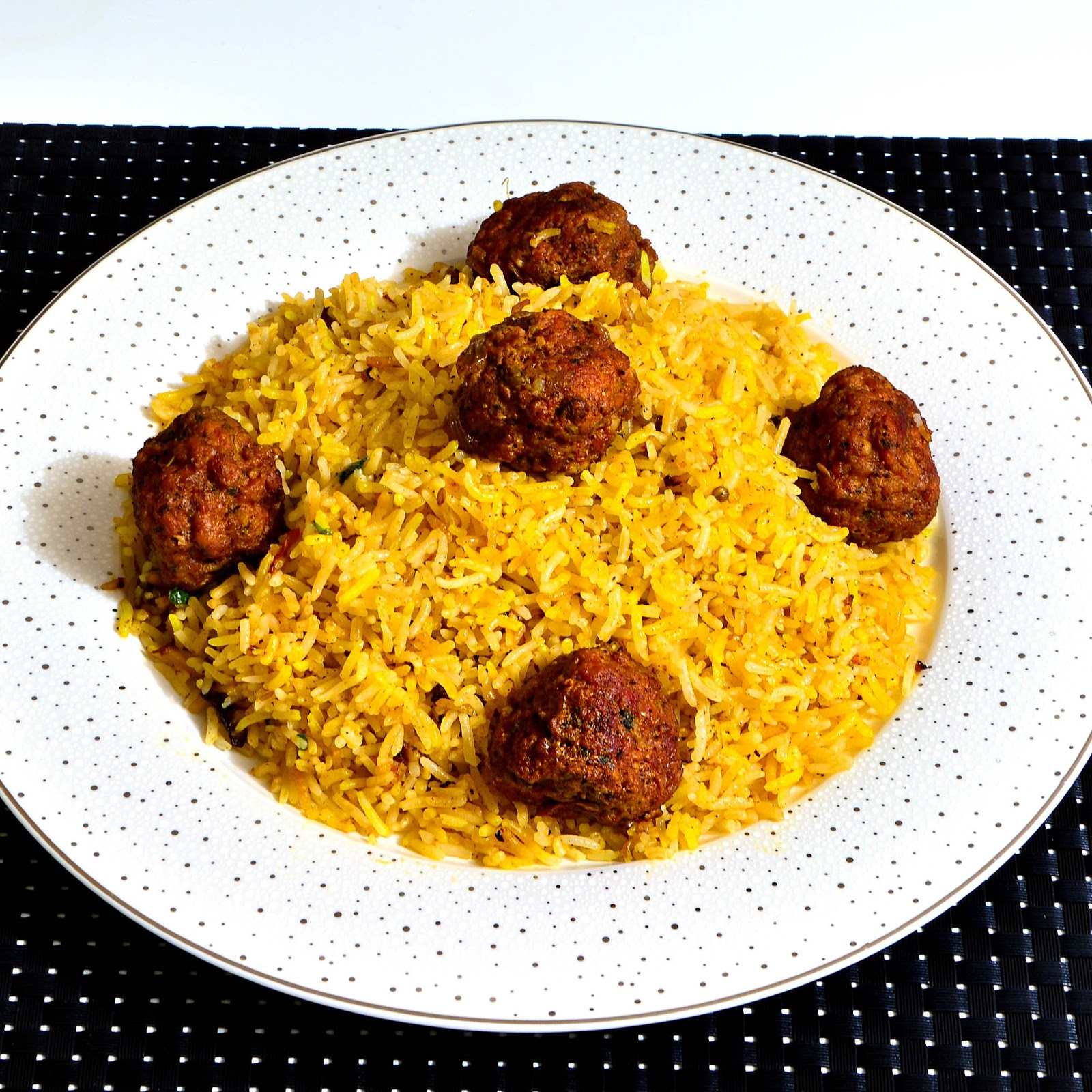 Indian Style Saffron Rice With Meatballs