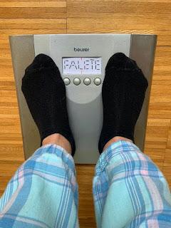 Pies sobre peso, que indica Falete