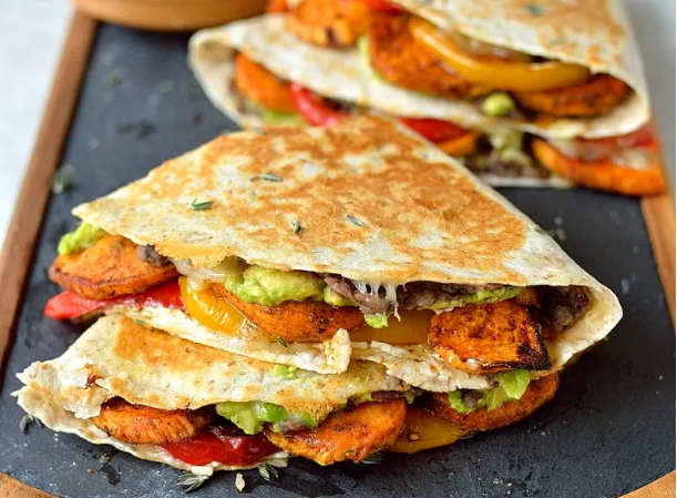 Loaded Veggie Quesadillas #vegetarian #simplemeals