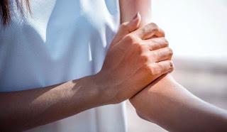 Romatoid Artrit Nedir Nasıl Tedavi Edilir? Romatoid Artrit Hakkında Merak Edilenler Romatoid Artit Belirtileri Nelerdir? Kas iskelet Sistemi Hastalıkları Romatoid Artrit Romatoid Artrit Kliniği Makale Türkiye Klinikleri Romatoid Artritte Eklem Hastalığının Patogenezi