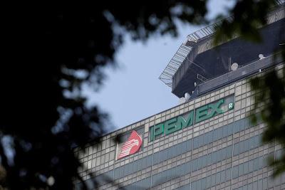 Austeridad deja ´a pie´ a directivos de Pemex